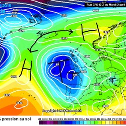 500hPa Geotpotential und Bodendruck, Freitag 5.4.: Gradientschwaches High over Low Lage.