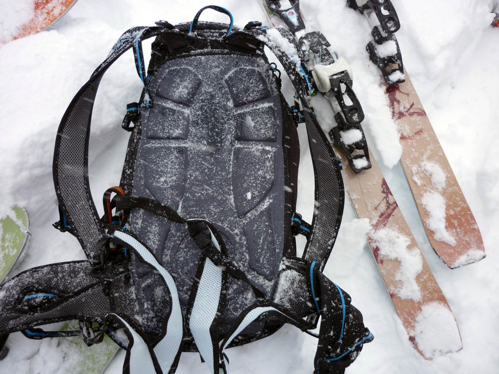Skylotec Klettergurt : Produkttest skylotec rucksack klettergurt powderguide